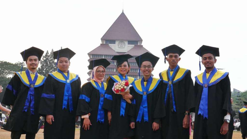 Awardee MAB Lulus dari Universitas Indoneia